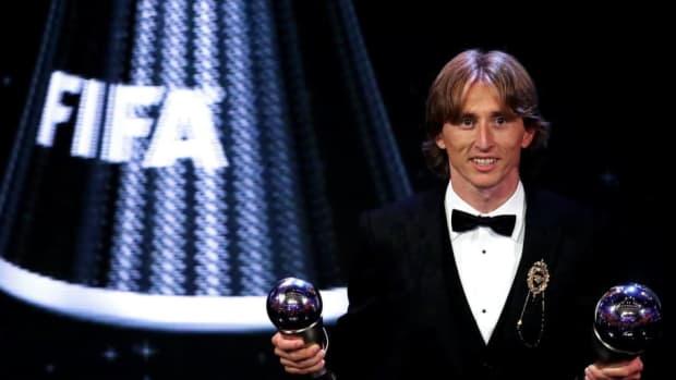 the-best-fifa-football-awards-show-5ba95edaa538949e8e000015.jpg