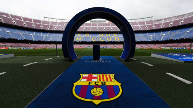 fc-barcelona-v-psv-uefa-champions-league-group-b-5bb34dbce137234971000001.jpg