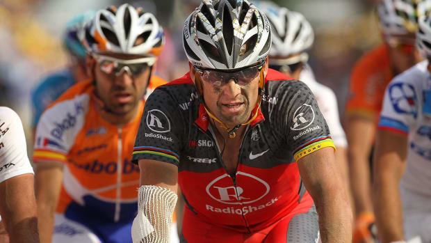 Lance Armstrong Heads to Hospital After Bloody Bike Crash on Colorado Trail