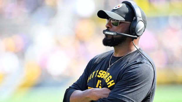 Mike Tomlin on Le'Veon Bell: 'We Need Volunteers, Not Hostages'--IMAGE