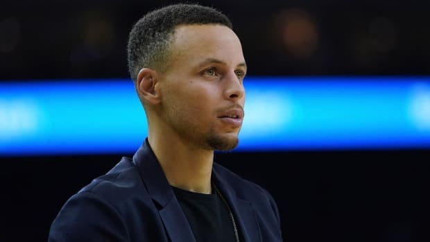 Nine-Year-Old Girl Writes Stephen Curry Letter Asking Why Curry 5's Aren't in Girls Sizes
