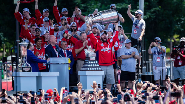 capitals-stanley-cup-parade-ovechkin-1300.jpg