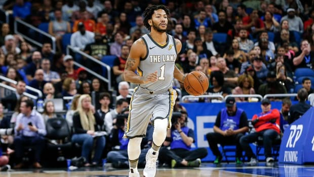 Report: Timberwolves Signing Derrick Rose for the Rest of the Season