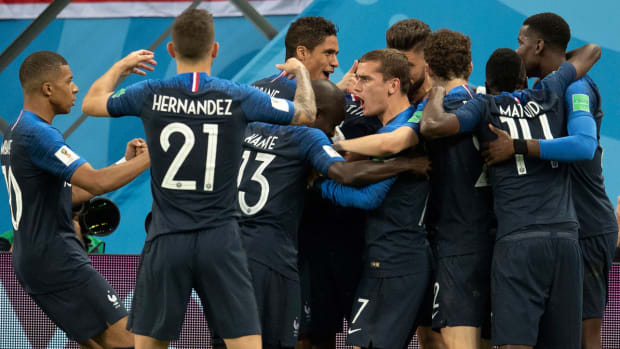 france-stars-celebrate-win-belgium-world-cup.jpg