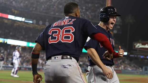 red-sox-comeback-ws-gm4.jpg