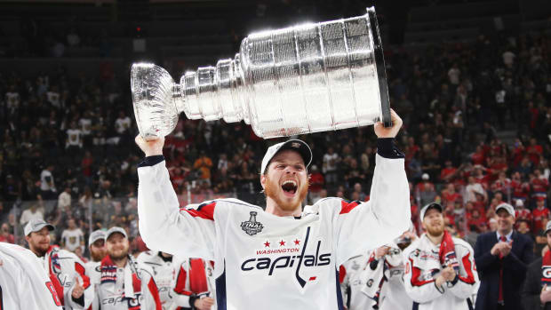 caps-re-sign-john-carlson.jpg