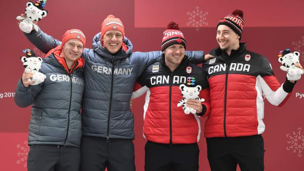 bobsled-gold-medal-tie.jpg