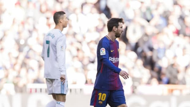 la-liga-2017-18-real-madrid-vs-fc-barcelona-5b521ec5f7b09d02f1000006.jpg