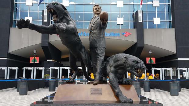 carolina-panthers-jerry-richardson-statue-1.jpg