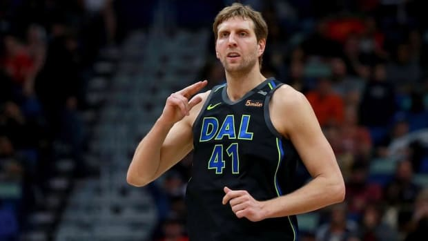Dirk Nowitzki Set To Make History With 21st Season In Dallas--IMAGE