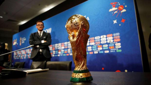 world-cup-trophy-winner-prize-money.jpg