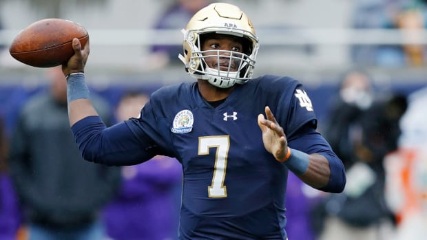 brandon-wimbush-ian-book-notre-dame-quarterbacks.jpg