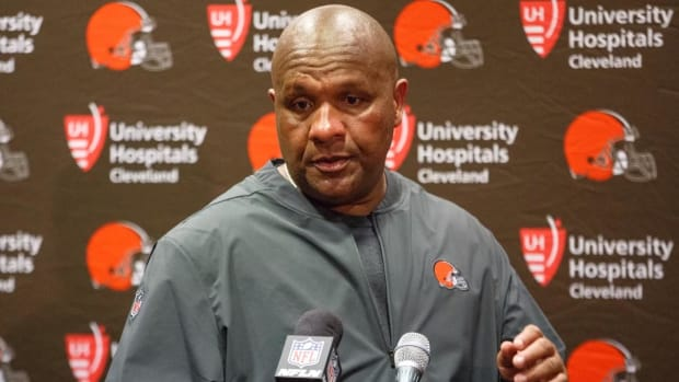 Browns Fire Offensive Coordinator Todd Haley--IMAGE