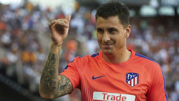 valencia-cf-v-club-atletico-de-madrid-la-liga-5bc9dd756f0e5b45a3000010.jpg