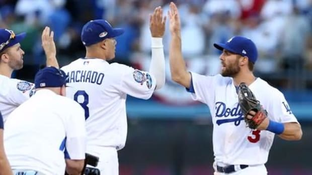 Clayton Kershaw's Left Arm Has Dodgers One Win from World Series--IMAGE