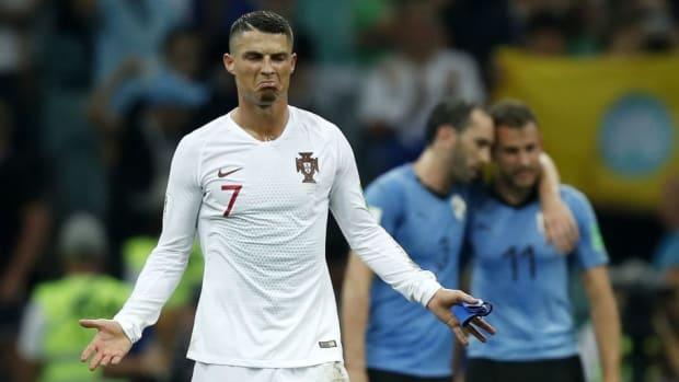 fifa-world-cup-2018-russia-uruguay-v-portugal-5b49ff4b3467ac136800000c.jpg