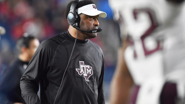 Arizona To Hire Former Texas A&M Head Coach Kevin Sumlin - IMAGE