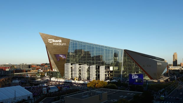 us-bank-stadium-foodguides.jpg