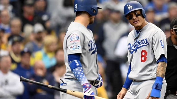 dodgers-abs-nlcs-game2-1_0.jpg