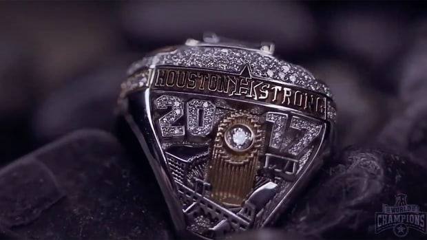astros-ring-unveiled-home-run.png