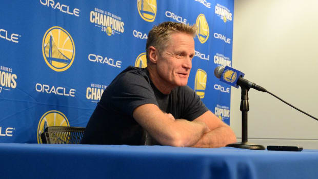 Steve Kerr Calls LaVar Ball the 'Kardashian of the NBA'--IMAGE