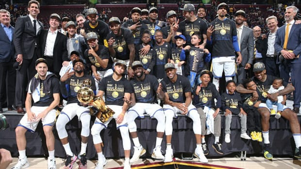 2018_golden_state_warriors_sportsperson_of_the_year.jpg