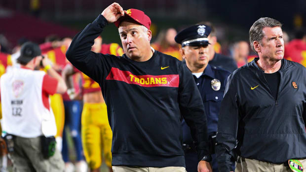 clay-helton-fired-usc