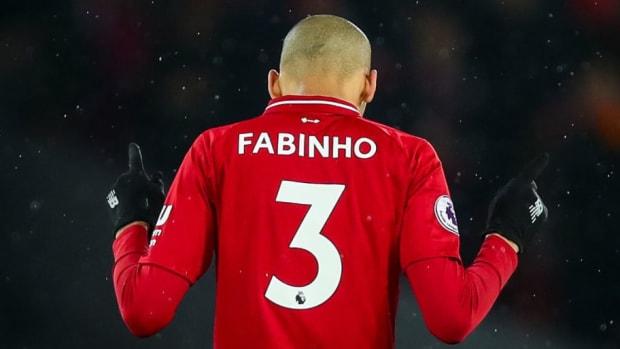 liverpool-fc-v-manchester-united-premier-league-5c1baf48adb9d7de03000003.jpg