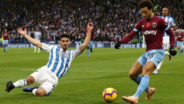 huddersfield-town-v-west-ham-united-premier-league-5be70def175965e9ae000005.jpg