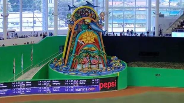 Marlins Get Approval to Move Home Run Sculpture to Outside Marlins Park--IMAGE