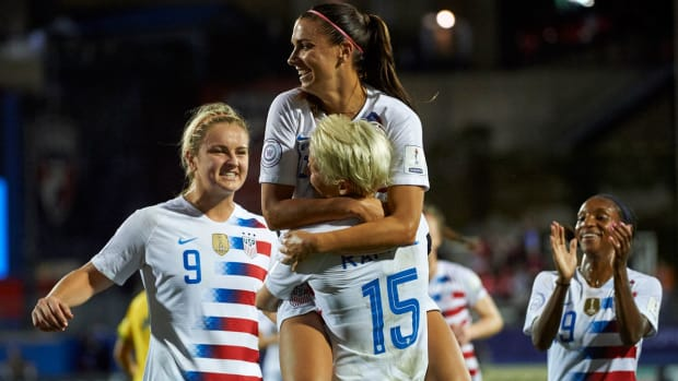 uswnt-clinches-womens-world-cup-berth.jpg