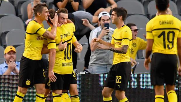 borussia-dortmund-v-benfica-international-champions-cup-2018-5b59bac3347a027d7b000072.jpg