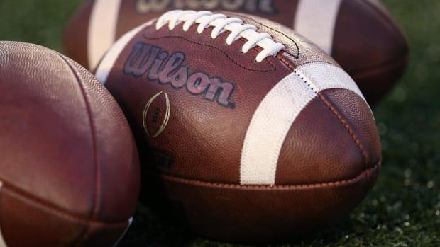 This Season's Best Bowl Game Gifts-vs.jpg