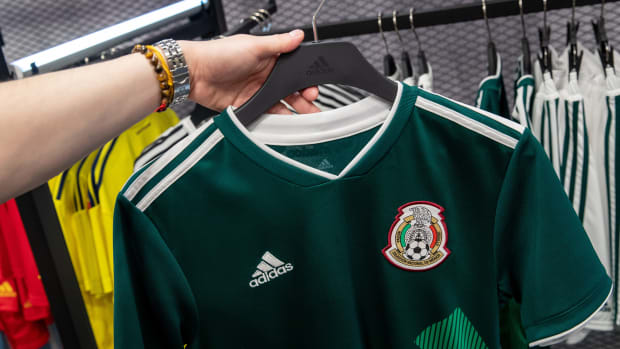 fake-world-cup-jerseys-seized.jpg