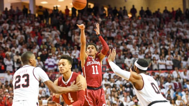 Trae Young To Enter NBA Draft - IMAGE