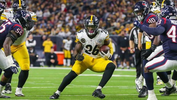 Report: Steelers 'Listening to Trade Offers' For Le'Veon Bell--IMAGE