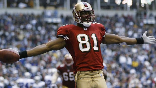 Terrell Owens Declines Invitation to Pro Football Hall of Fame Induction Ceremony--IMAGE
