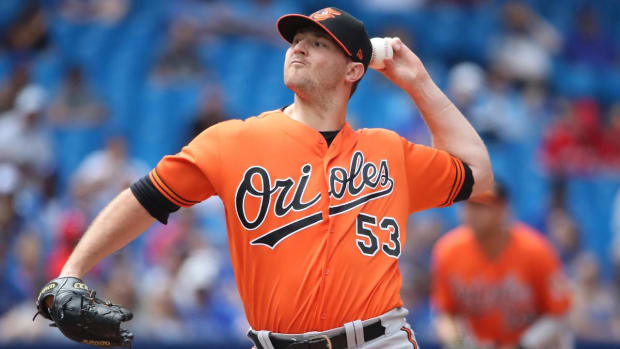 Report: Orioles Trade Closer Zach Britton to Yankees For Three Pitching Prospects--IMAGE