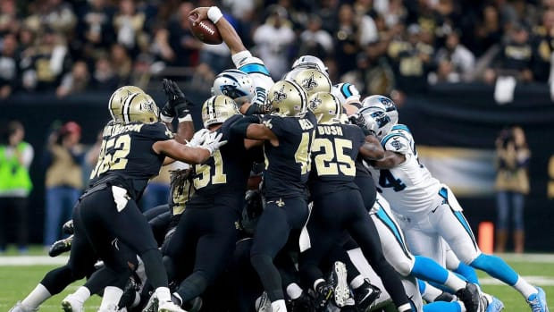 Saints, Brees Hold Off Panthers 31-26, Advance to Divisional Round--IMAGE