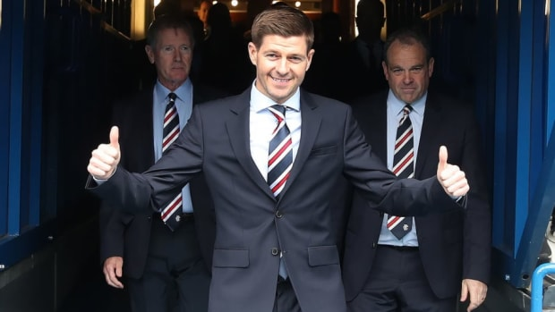 steven-gerrard-is-unveiled-as-the-new-manager-at-rangers-5b2a7f883467ac5427000006.jpg