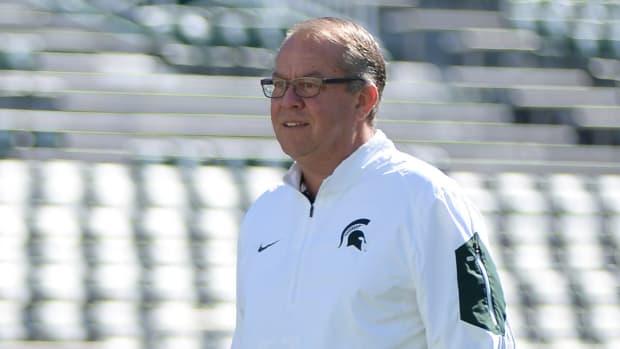 michigan-state-athletic-director-mark-hollis-resign-larry-nassar.jpg