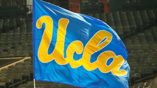ucla-football-flag-logo-1300.jpg