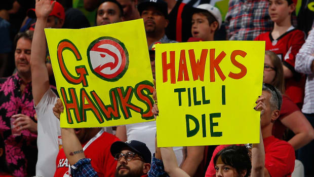 hawks-concession-prices-beer-soda-popcorn-hot-dogs.jpg