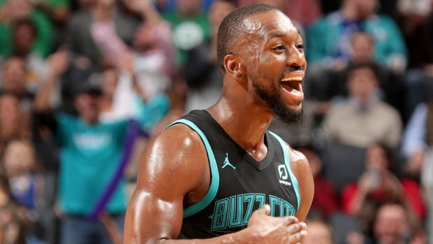 kemba_is_smoking_cats_out_here.jpg