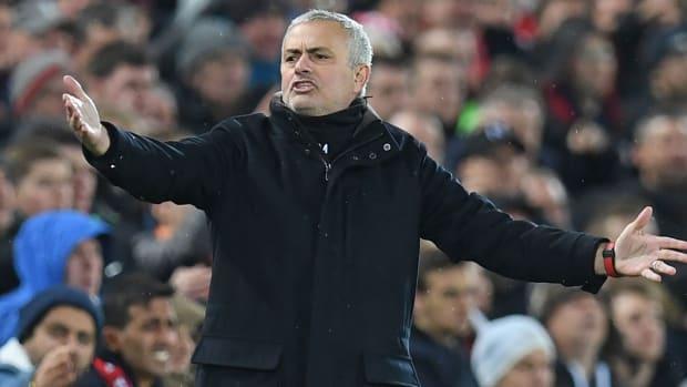 mourinho-fired-man-united.jpg