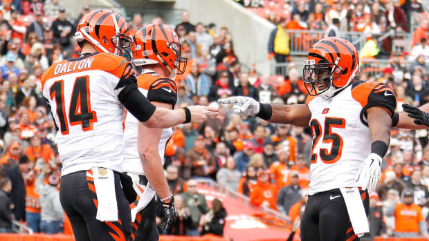 andy-dalton-gio-bernard-week-4-dfs-values.jpg