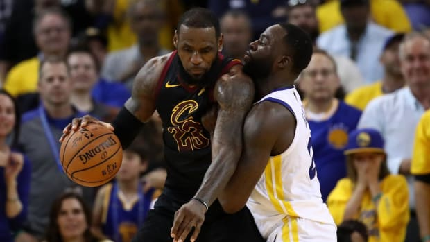 Warriors Top Cavs in Game One Despite 51 Points From LeBron James - IMAGE
