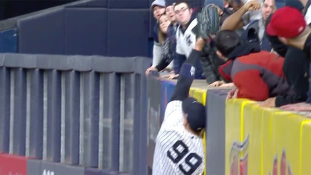 aaron-judge-crazy-out.png