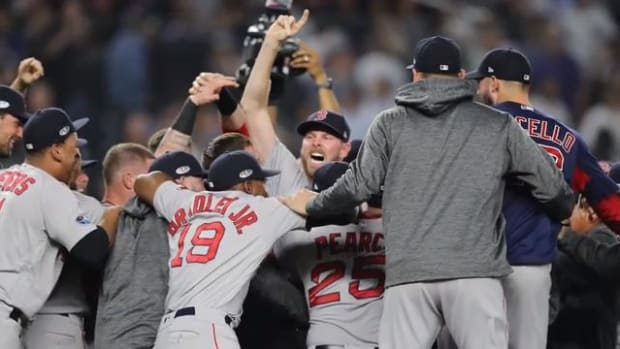 Red Sox Eliminate Yankees, Will Face Houston In ALCS--IMAGE