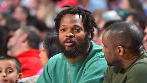 michael-bennett-eagles-greatest-line.jpg